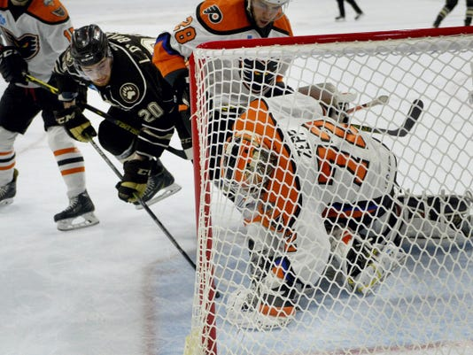 Hershey's Liam O'Brien attempts to score on Lehigh Valley Phantoms goaltender Rob Zepp during the Bears' last regular-season road game at PPL Center on Tuesday.