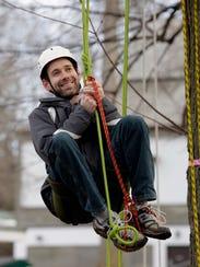Michael Soetaert of Sheboygan, Wis. manages the ropes