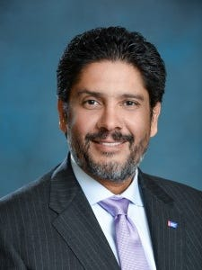 Jorge Luis Lopezis a Miami attorney and member of the American Cancer Society Board of Directors.