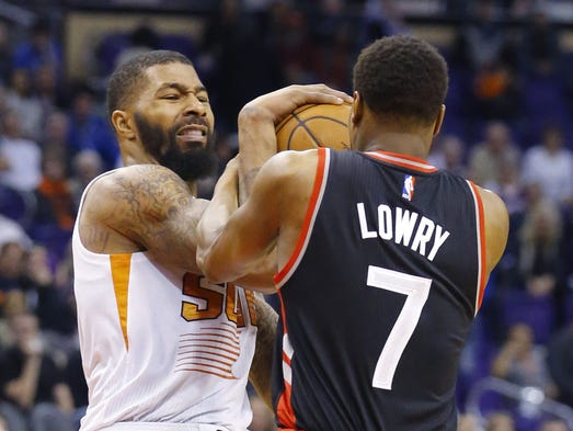 Phoenix Suns forward Markieff Morris (11) and Toronto