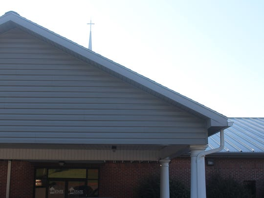 Lease payments related to a proposed Verizon Wireless cellphone tower would help Upstate Church of Christ pay for an expansion for a youth ministry.