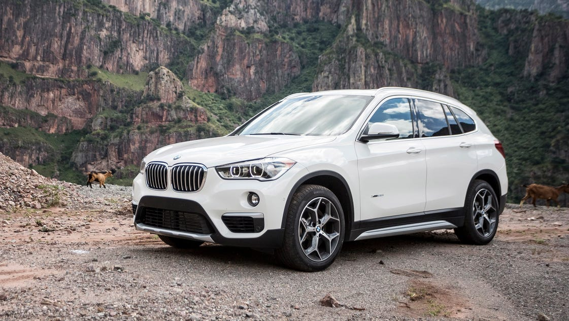 review bmw x1 small suv struggles to find its place. Black Bedroom Furniture Sets. Home Design Ideas