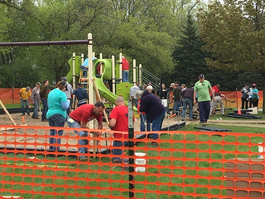 Sheboygan Falls Kiwanis Club lead effort to improve