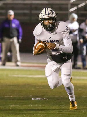 Top-ranked Ben Davis knocked off No. 8 Lawrence Central on Friday.