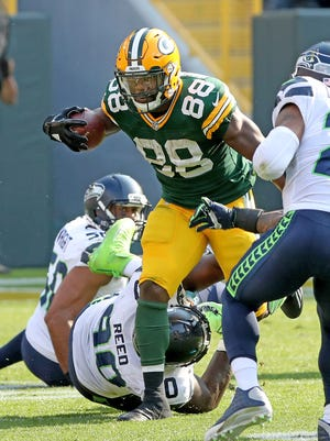 Green Bay Packers running back Ty Montgomery (88) runs the ball against the Seattle Seahawks Sunday, September 10, 2017 at Lambeau Field in Green Bay, Wis.