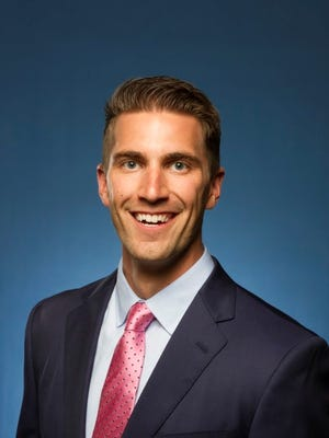 Chris Bruin, FSU meteorology grad, is now an online broadcaster with the Weather Channel.