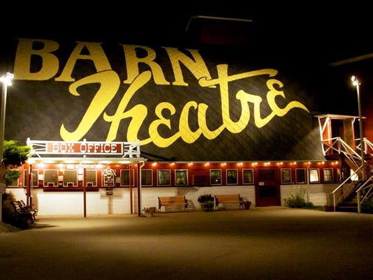 barn-theatre-night-960x500
