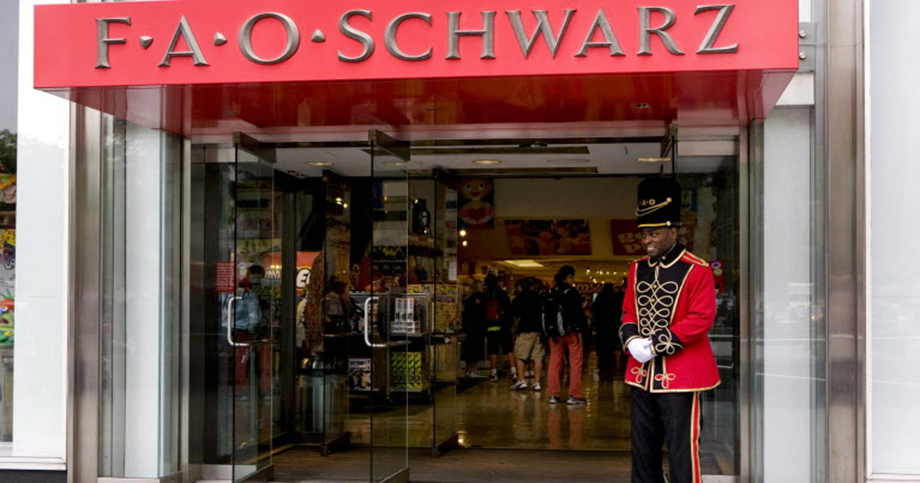 Fao Schwarz World Map.Fao Schwarz Toy Store In Nyc Closing July 15