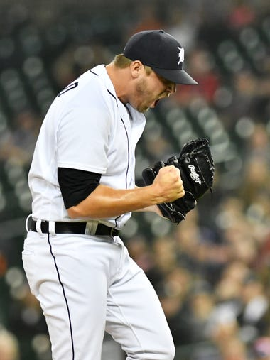 Tigers pitcher Warwick Saupold reacts after Indians'