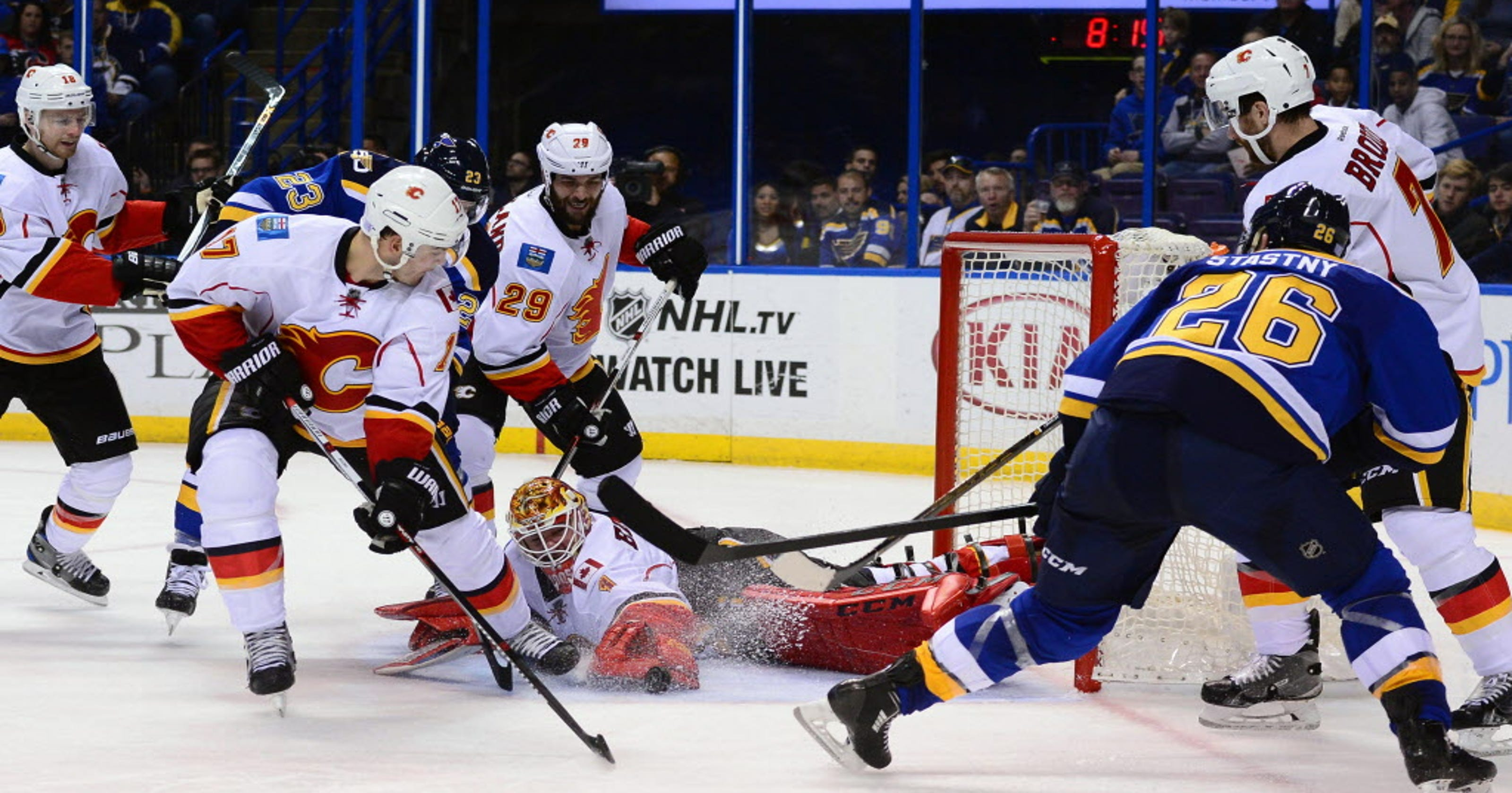 Flames goalie Brian Elliott solid in return to St. Louis