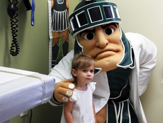 636413442081260751-Amelia-and-Sparty.jpg