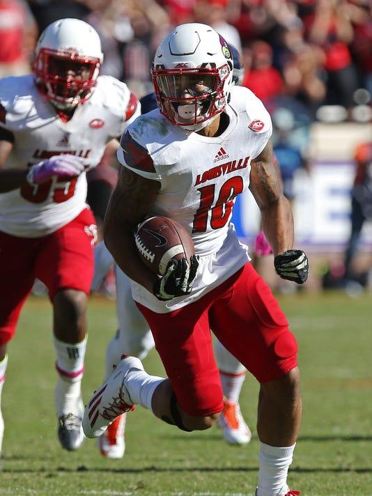 NCAA Football: Louisville at Virginia
