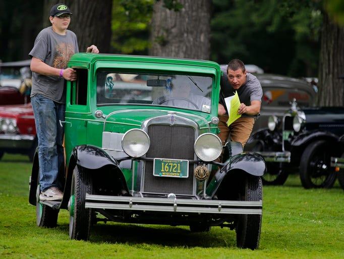 Pierce Park Appleton Car Show