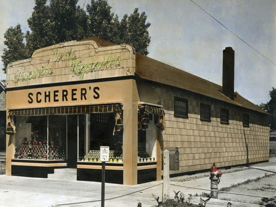 Long before it became home to The Cantina and J.D. Beamers, the corner of what is now University Drive and Ninth Avenue South in St. Cloud (now home to Southtown Liquors) featured a grocery store.