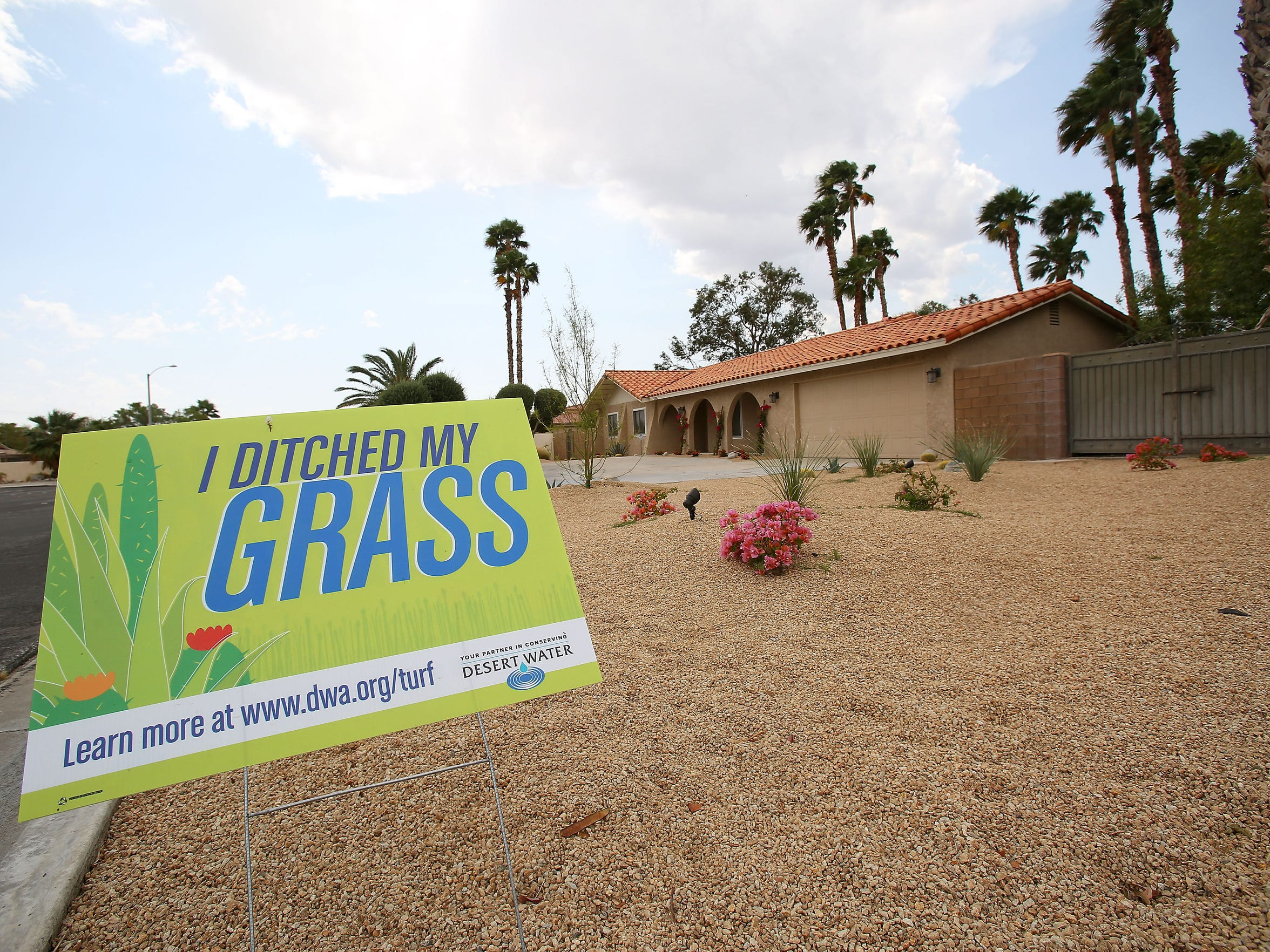 A sign at a home on Racquet Club Dr in Palm Springs