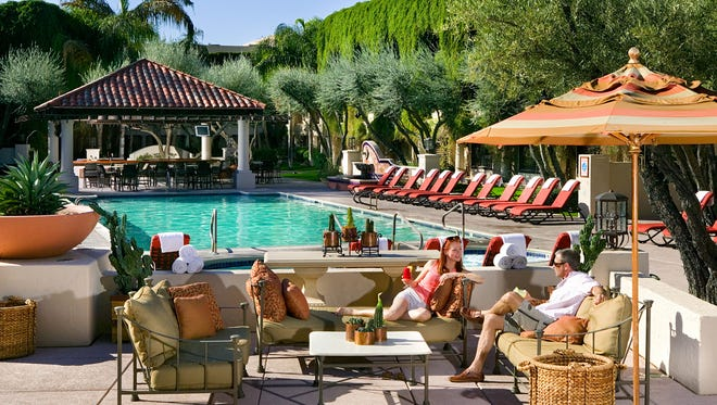 The pool and bar at the Scottsdale Resort and Conference Center.