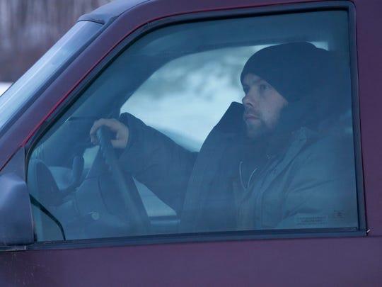Killer Eric Fraser (Brendan Fletcher) bides his time