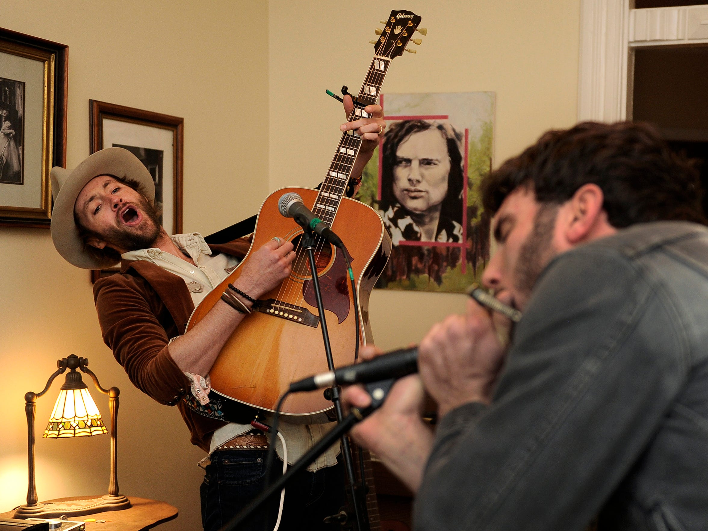 """Former """"American Idol"""" contestant Paul McDonald, left, and bandmate Jonathan Pears rehearsing at the home of Pears in East Nashville in Nashville on Wednesday Jan 8, 2014."""