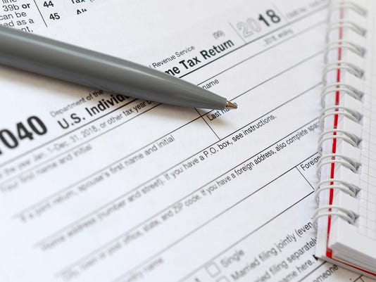 Government shutdown means IRS can't issue refunds