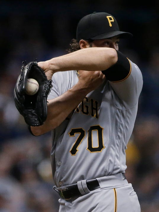 Pirates_Brewers_Baseball_03622.jpg