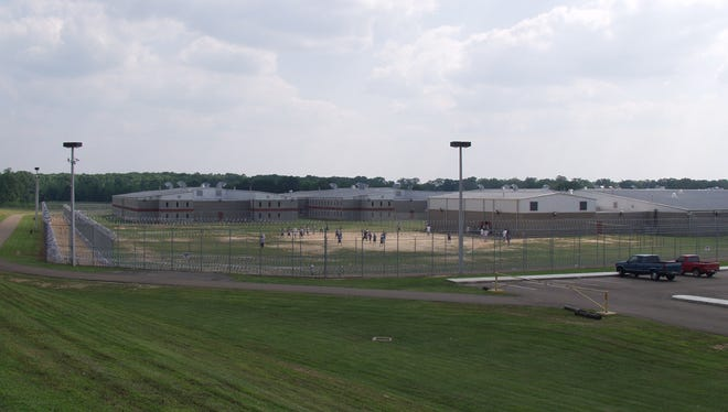 Walnut Grove Youth Correctional Facility held 321 offenders in 2001 when it houses prisoners 18 and under. Eight years later, it has 1,225 offenders up to nearly nearly 22 years of age.