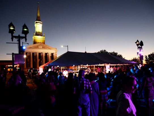 """A crowd gathers on Texas Street in downtown Shreveport for Louisiana Food Prize's """"Battle for the Golden Fork"""" live cook-off."""