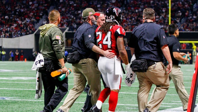 Falcons running back Devonta Freeman had only two carries in Week 10 before leaving with a concussion.
