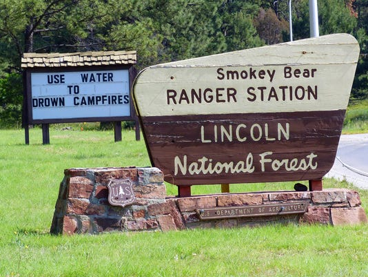 Smokey Bear Ranger District sign