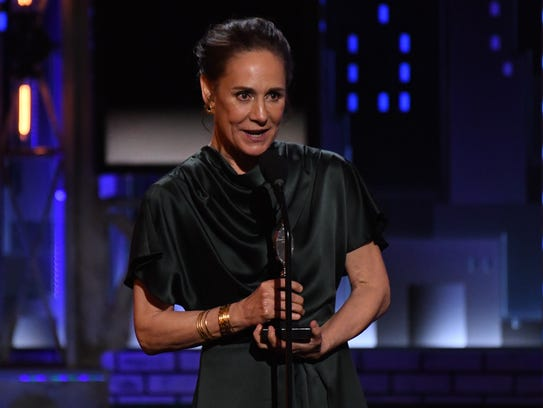 Laurie Metcalf took lead actress in a play for 'A Doll's