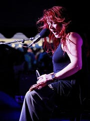 Carolyn Wonderland performs at the Chenango Blues Fest