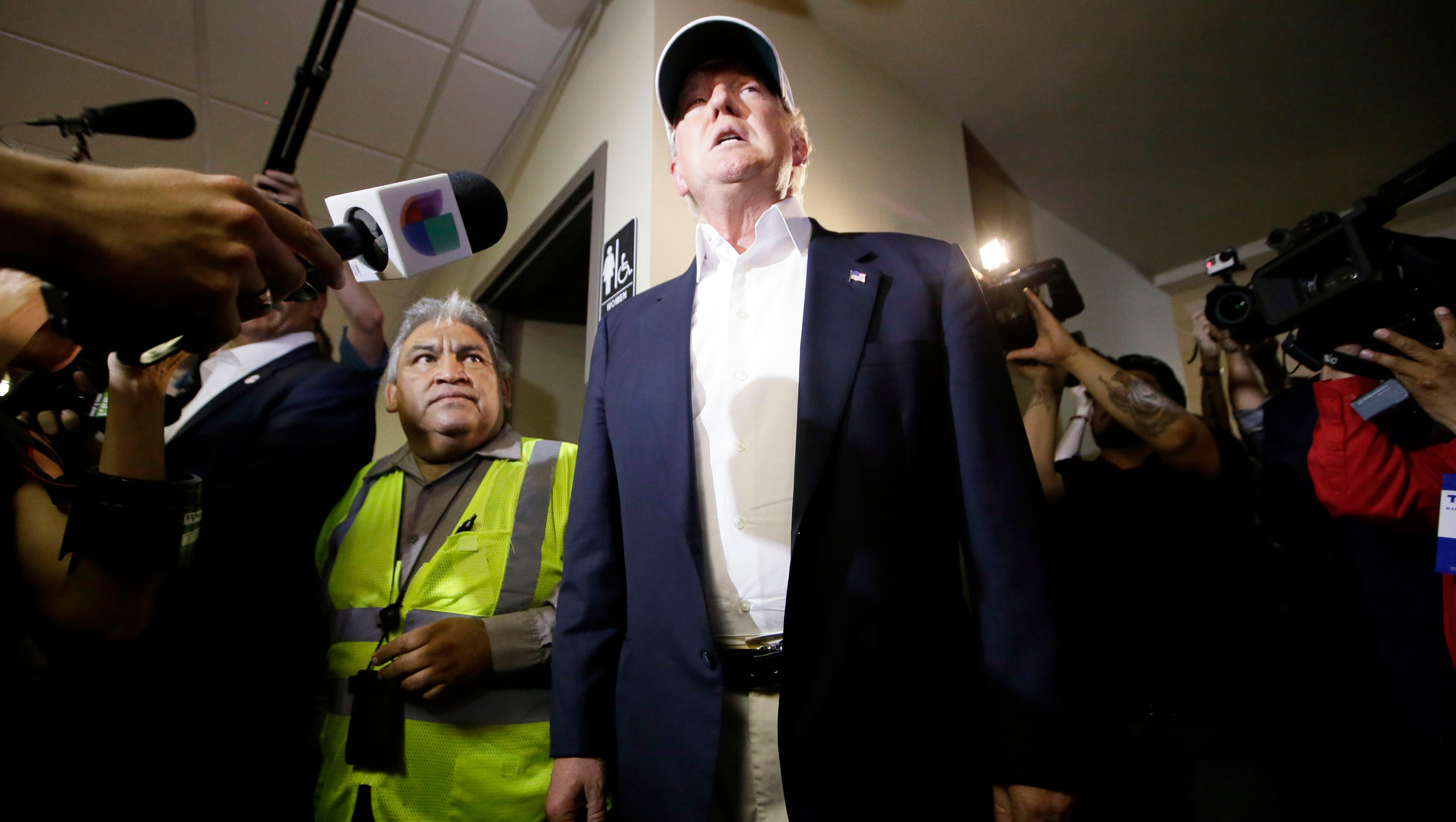 Trump pledges to deport illegal immigrants from US
