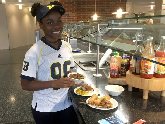 Zahria Jordan, 18, of Detroit dines at Hill Dining