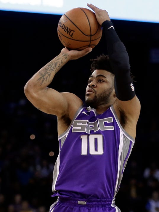 Curry, Durant sit out as Kings beat Warriors 110-106