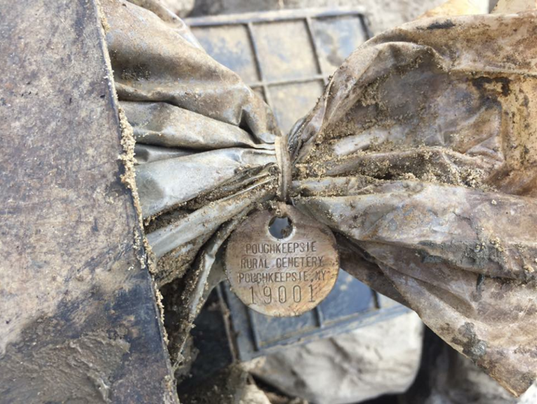 Cremains-found-in-Missippi-River.png