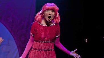 Pinkalicious brings her pink cupcakes to Detroit
