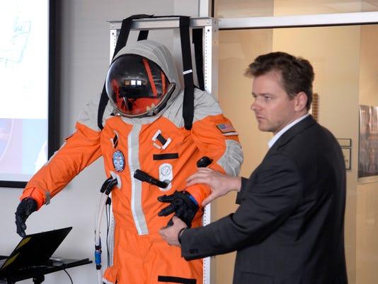 636283850676466244-Space-Suit-1.jpg