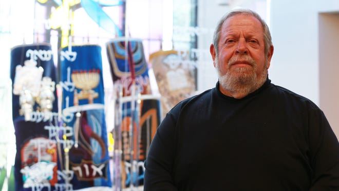 Rabbi Stephen Leon will be honored for 30 years of service to Congregation B'Nai Zion.