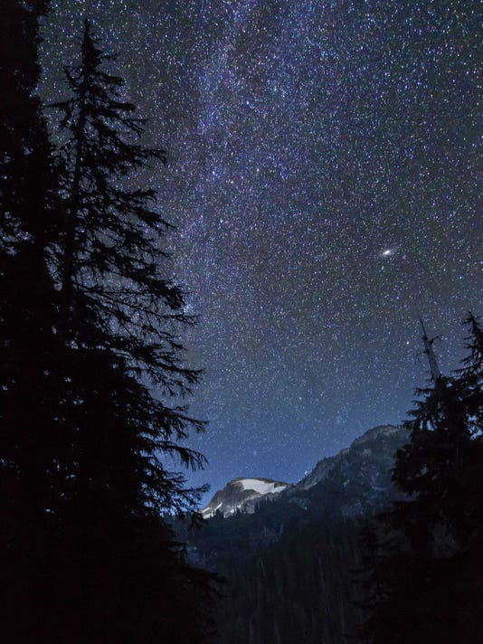 636746887767316948-North-Cascades-NP-Andy-Porter-STE-night-sky-crop.jpg