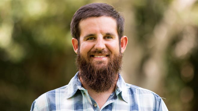 Daniel Andrews is founder of Captains for Clean Water.