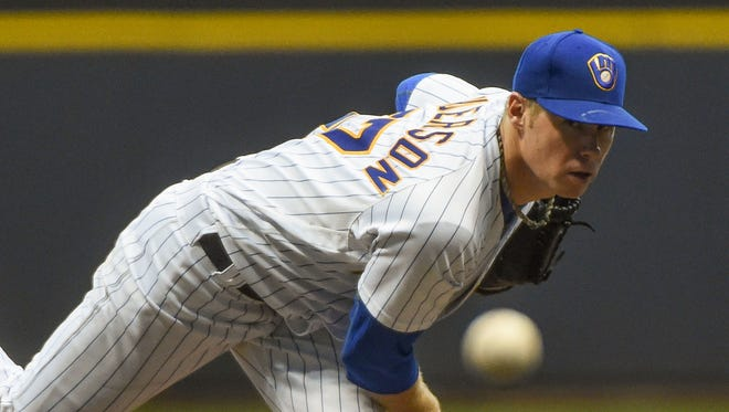 Milwaukee Brewers starting pitcher Chase Anderson