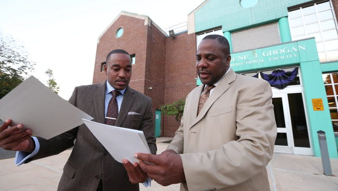 Toney Earl Jr., left, and Tarik Greene of the Making a Difference Every Day jobs readiness program for inmates, at the Rockland County correctional facility in New City Sept. 22, 2016.