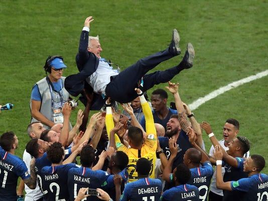 APTOPIX_Russia_Soccer_WCup_France_Croatia_09096.jpg