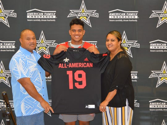 Alabama commit Taulia Tagovailoa excited to receive All-American Bowl jersey