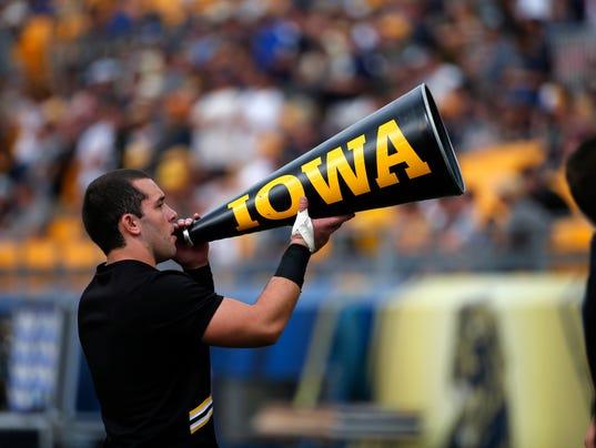 Iowa Pittsburgh Footb_Smit (3)