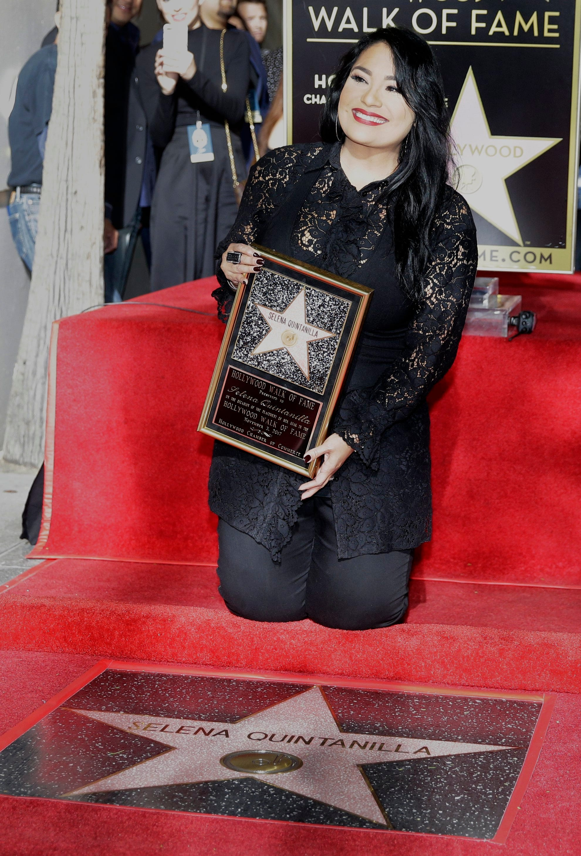 Selena Star