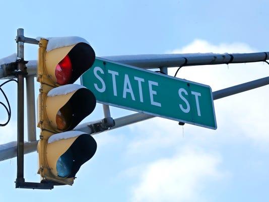 LAF WL board rails on secretive State St. bids