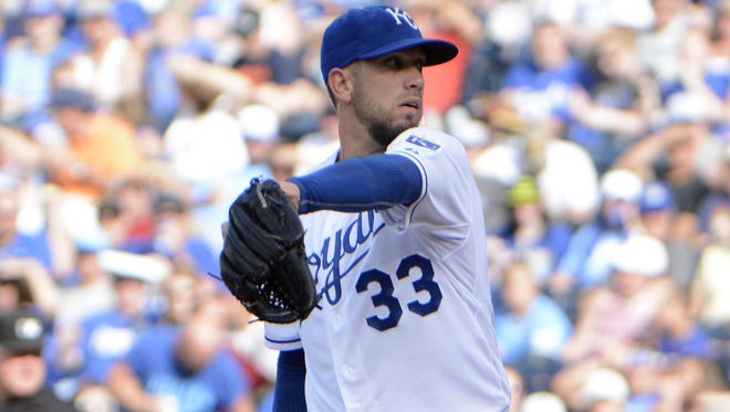 Kansas City Royals starting pitcher James Shields delivers a pitch against the Detroit Tigers.