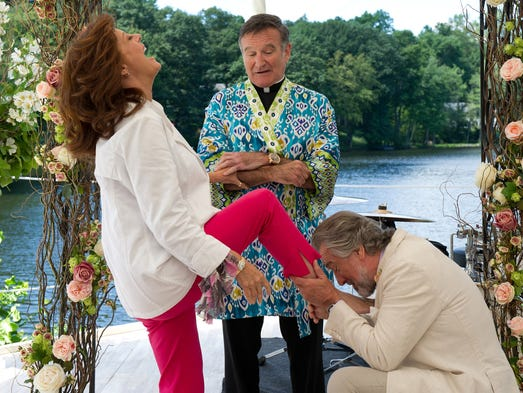 "From left: Susan Sarandon, Robin Williams and Robert De Niro appear in a scene from the motion picture ?The Big Wedding.?  GANNETT Susan Sarandon, from left, Robin Williams and Robert De Niro, appear in a scene from the motion picture ""The Big Wedding."" (Gannett, Barry Wetcher/Lionsgate/File)"
