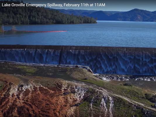 Lake Oroville emergency spillway