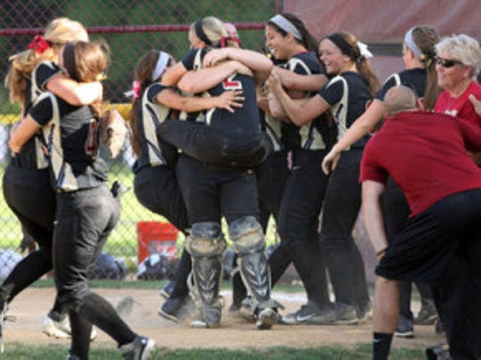Hillsborough celebrates a 6-4 win over East Brunswick in the softball Group IV sectional final.  Photo by Kathy Johnson/MyCentralJersey